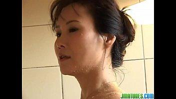 Sweet solo in the bath for Runa 8 min