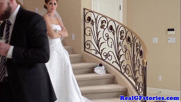 Stunning bride facialized by her Photographer 8 min