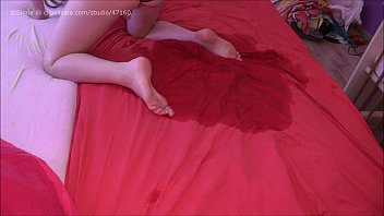 HD bedwetting in pink panty