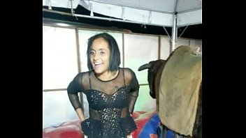 vagabunda mostrando a buceta
