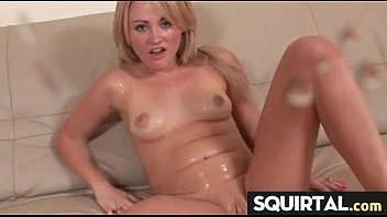 a very sexy squirt queen 18