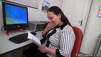 Fucking big belly office lady on the floor 6 min