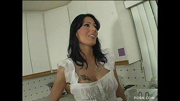 Zoey Holloway – Step Mom Seduced By Her Young Step Son(long version)
