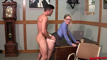 Hot boss Riley Reyes makes Lance Hart eat her creampie after sex
