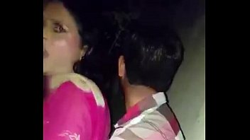 desi guy cought while doing sex outdoor