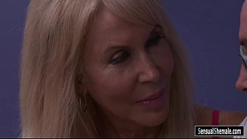 Mature shemale fucked big boobs blonde milf Erica Lauren