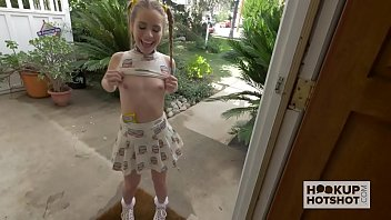 Petite Teen Meets Up With Guy From The Internet 13 min
