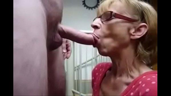 velha safada - granny hungry for cum