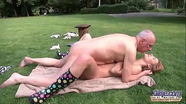 Young Old Porn Beautiful Teen Giving Blowjob and fucked by grandpa outside