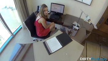 Dirty Flix - Lunch break secretary Lia Ezra fuck