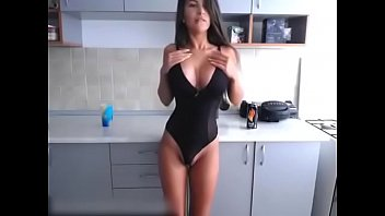 Russian Big Boobs Hot Girl Shows Off Her Tight Ass and Tits on Cams