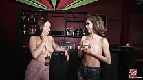GIRLS GONE WILD - Wet Bar for Two y. Lesbian Amateurs