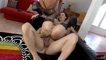 DP fucked british babe sucking cocks