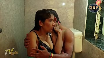 HOT BIG Boobs Aunty Sex With Young Guy   BIG boobs