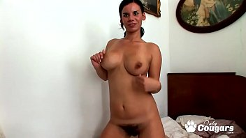 Housewife With A Big Hairy Bush Makes A Sex Tape