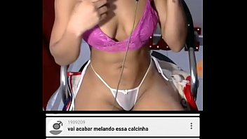 Modelo anônima web cam 3 min