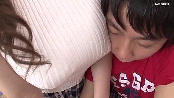 L'insegnante giapponese soffia il suo studente a casa