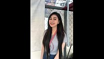 Teen Filipina gone viral online