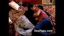 बड़ी चूच्ची वाली देसी लेस्बो चुत की चुदाई करते किस करते
