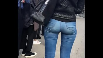 Tight Jeans 6