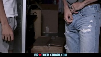 BrotherCrush - Muscular Stud Sucks His Little Stepbrother's Cock