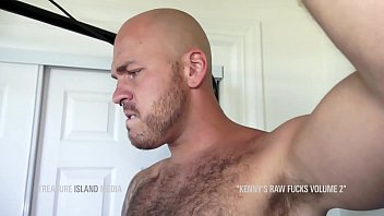 Tall hung tops breed muscle cub bottom