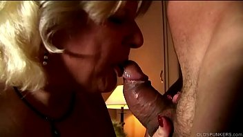 Cute chunky old spunker is a super hot fuck and loves the taste of cum 12 min
