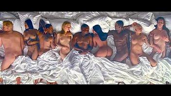 Kanye West - Famous [Uncut]