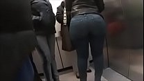 candid booty 1