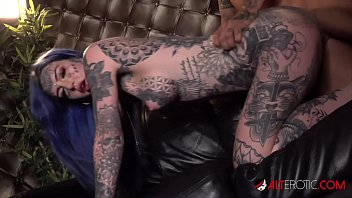 HO HUNTERS - Tattooed ghost Amber Luke wants to fuck