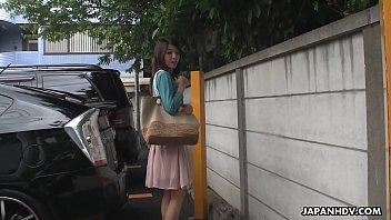 Japanese babe, Tomomi Matsuda got fingered, uncensored