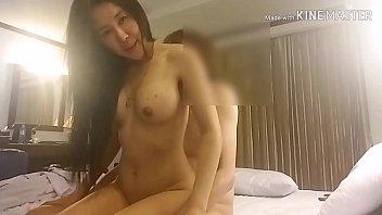 หลุดคู่วัยรุ่น !!! ลูกครึ่งสาวไทยจีนดูดไอซ์ เยกับแฟนจนควยถลอก