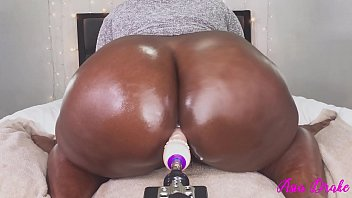 BBW Breaking In The New Toy With Tight Pussy!!!
