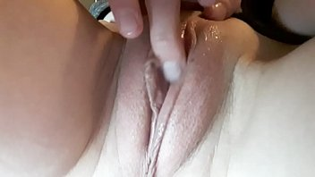 Masturbation of Tracy Naghavi while watching porno