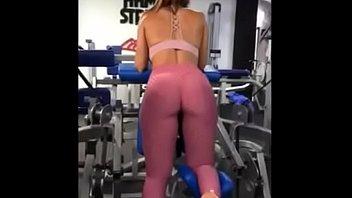 Tanga en el gym
