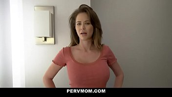 HOT BUSTY STEPMOM CHEATS WITH HER BIG DICK STEPSON 13 min
