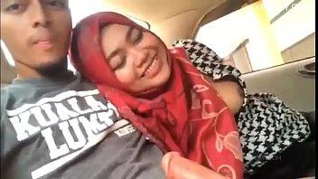 Tudung viral main kat mobil terbaru malay car sex