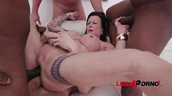 Julia Exclusiv eats anal creampies after 4 guys fuck her balls deep with DP & DAP SZ2394