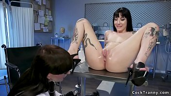 TS doctor anal bangs female patient