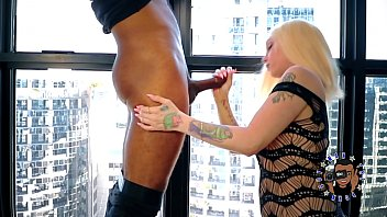 TFBE9: THE SEXY ALEXIS ANDREWS GIVES ME A BLOWJOB THAT MAKES ME EXPLODE!!!