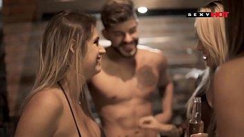 Sexo entre amigos - ATRAÇÃO - Analine - Mia Linz  - SIGA MEU CANAL - SUBSCRIBE TO THE CHANNEL AND ADD ME AS A FRIEND