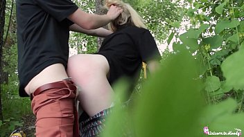 Sexy Teen Public Blowjob and Doggystyle - Cumshot