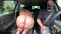 Wanessa Boyer aparece na carona de Ted #35 com sua bunda gigante 15 min