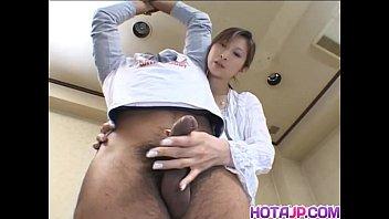 Chihiro Hara Gives A Good Handjob
