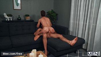 Stunning Dude (Michael DelRay) Rides (Alex Mecums) Hard Cock Raw - Men.com