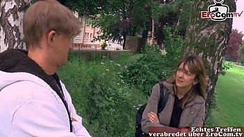 Deutsche Normale Nachbarin fickt den Nachbarn