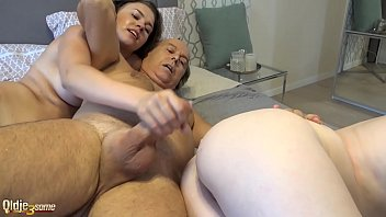 Hard double blowjob cum licking and pussy penetration