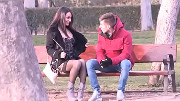 """""""Wanna do a street blowjob?"""" Lucia picks up a lucky guy in the Madrid park"""