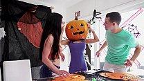 Stepmom's Head Stucked In Halloween Pumpkin, Stepson Helps With His Big Dick! - Tia Cyrus, Johnny