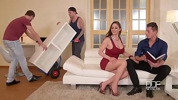Corno dividiu a esposa com entregadores